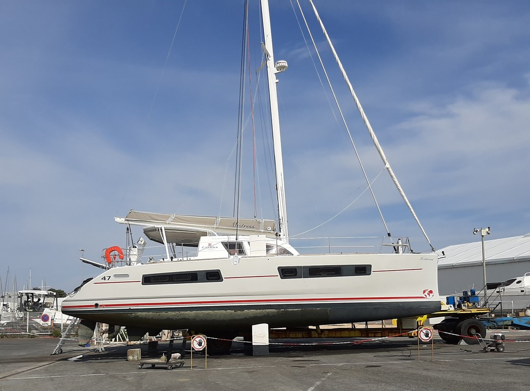 Antifouling Catana 47