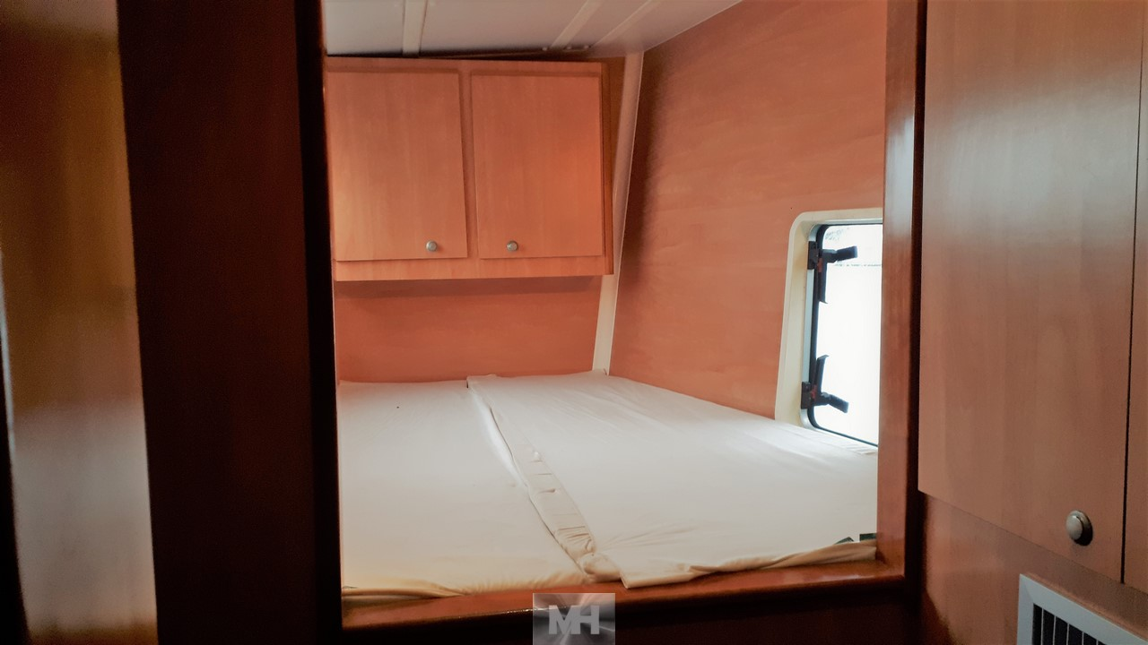 Catana 47 owner's version