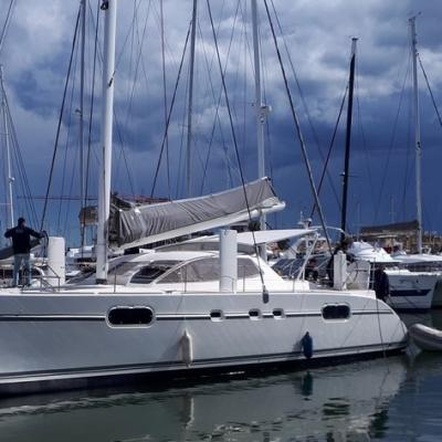 Launching Catana 471 Chinook