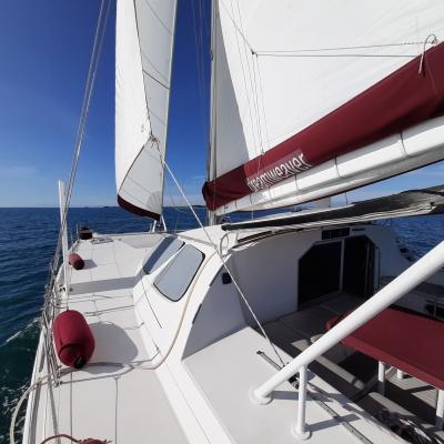 Catana 471 under sails