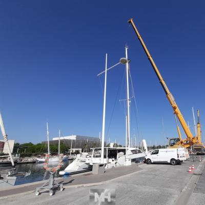 Catana 62 mast and boom