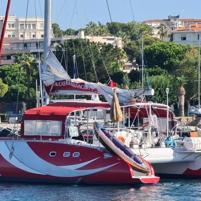 Charter catamaran on the French Riviera