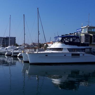 Trawler catamaran Cumberland