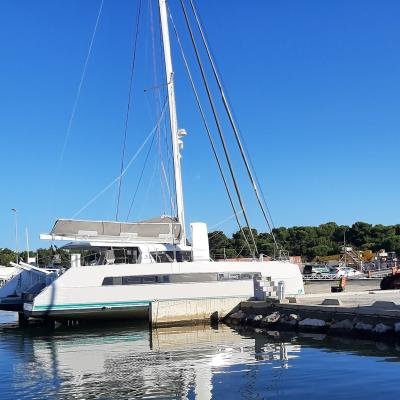 Hauling Out Catana 53