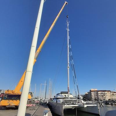 Stepping mast Huitiane