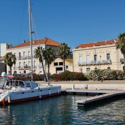 Kennex catamaran à Sète