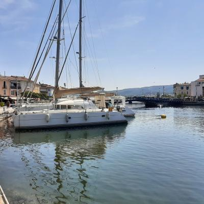 Lagoon 380 in Martigues