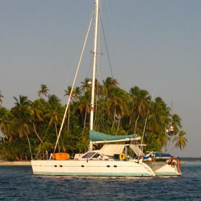 Lagoon 47 in San Blas