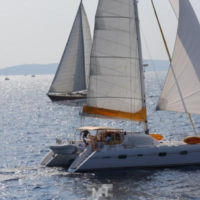 Privilege 585 under sails