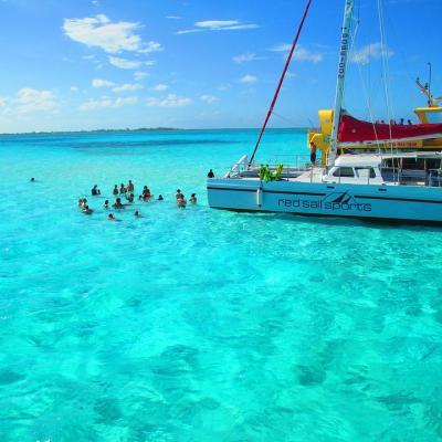 Snorkeling in Cayman Islands