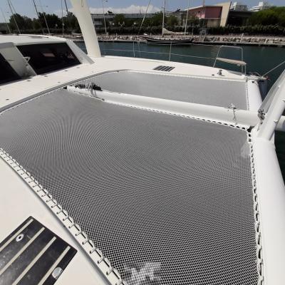Installation new trampoline Catana 62