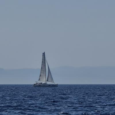 TS 52 under sails in Corsica