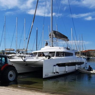 Mise à l'eau Bali 5.4 à Canet en Roussillon