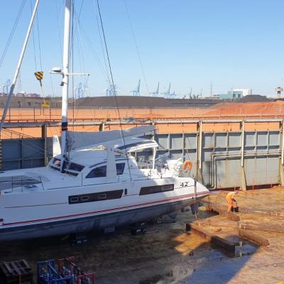 Catana 42 ready in the cargo ship