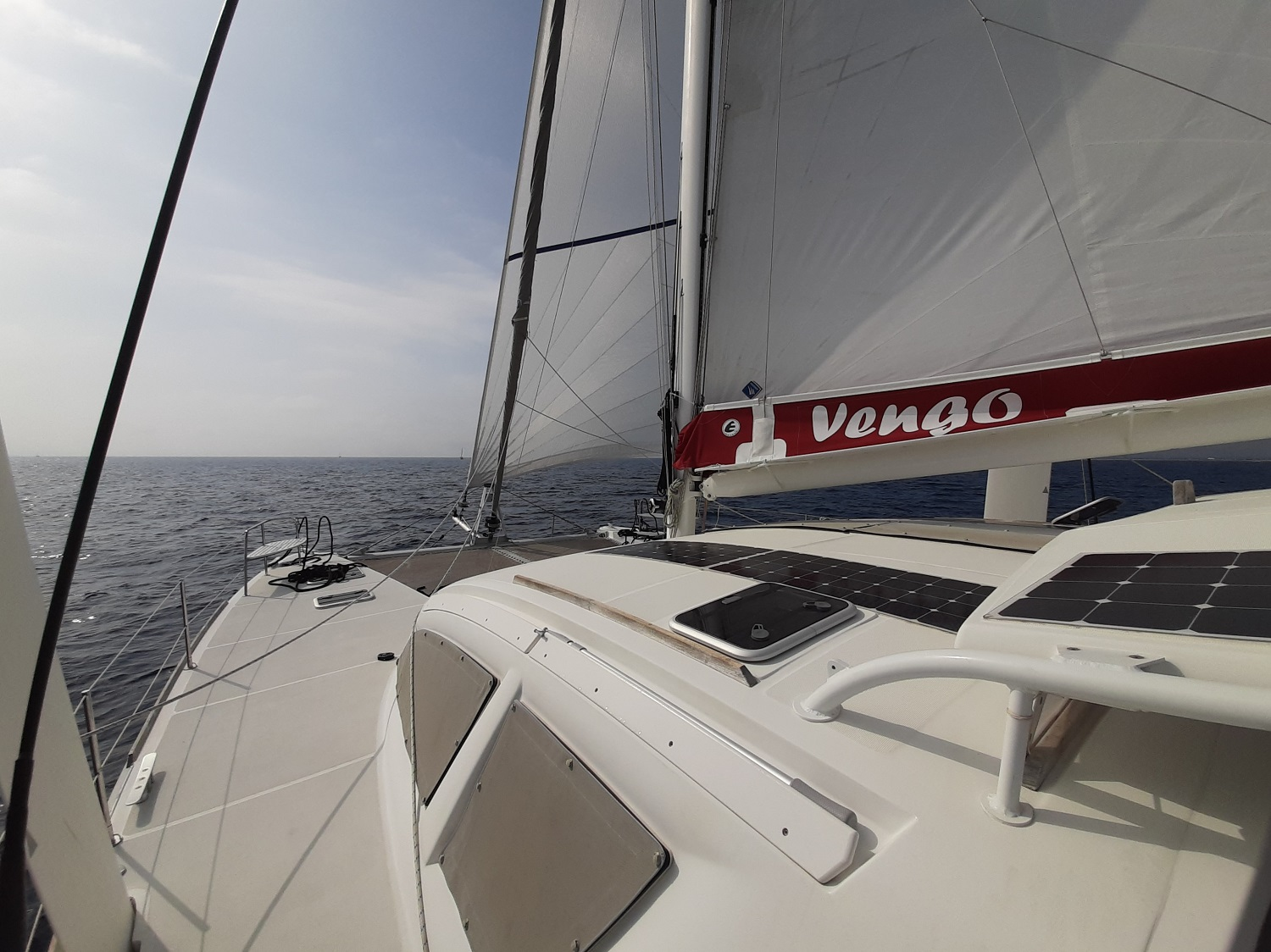 Catana 47 vengo under sails