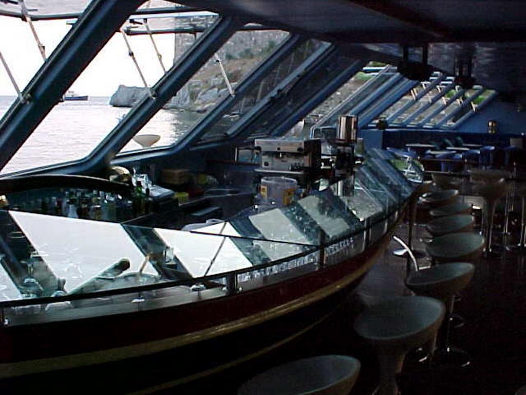 Club catamaran 37m 4