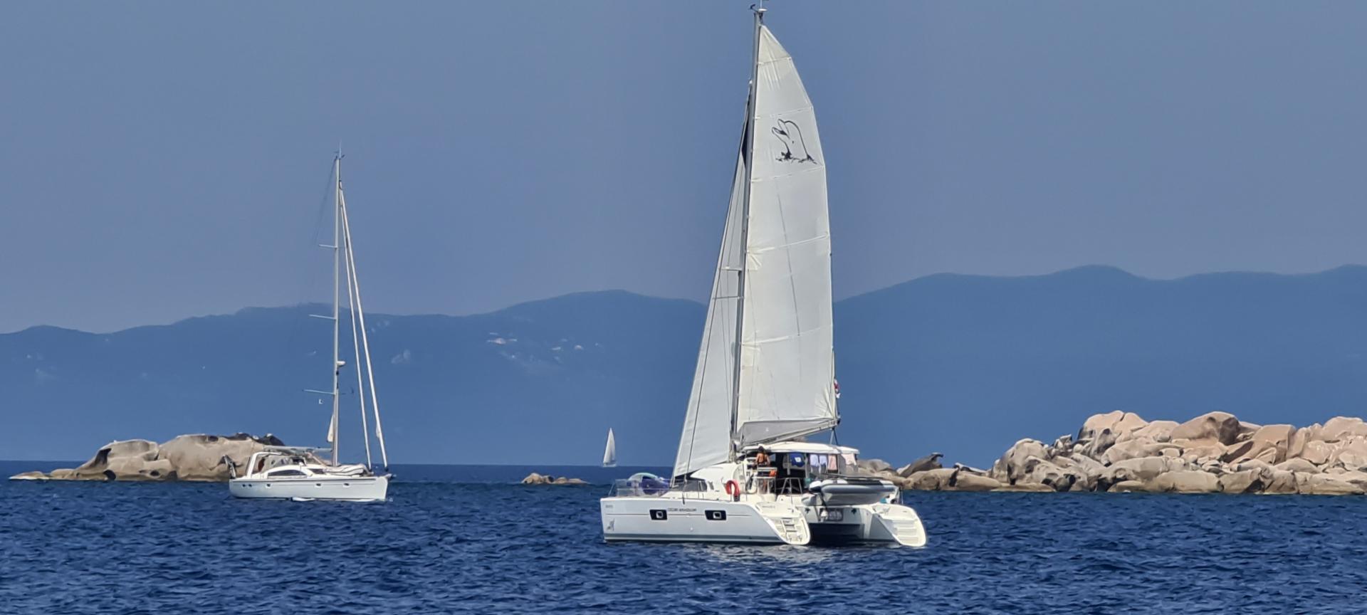 Lagoon 380 in corsica