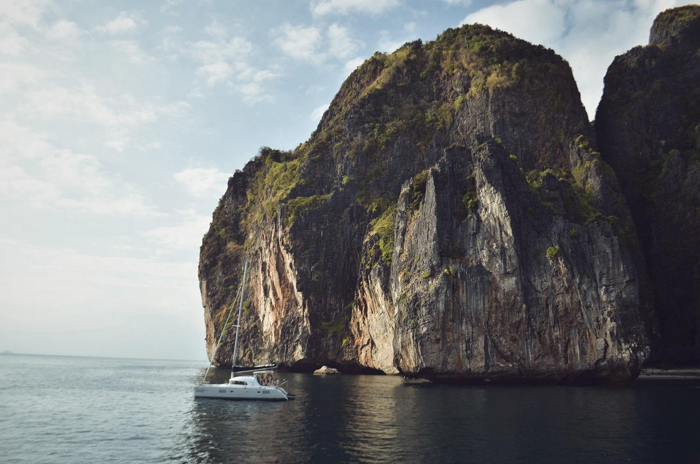 Lagoon 380 s2 asia