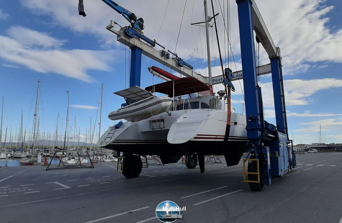 Launching lagoon 380