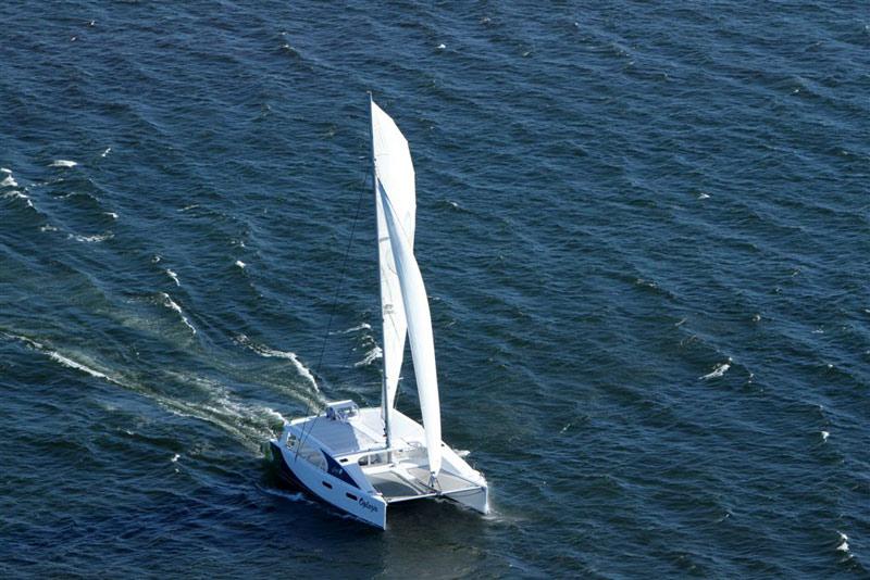 Mirage 760 day sailor 32