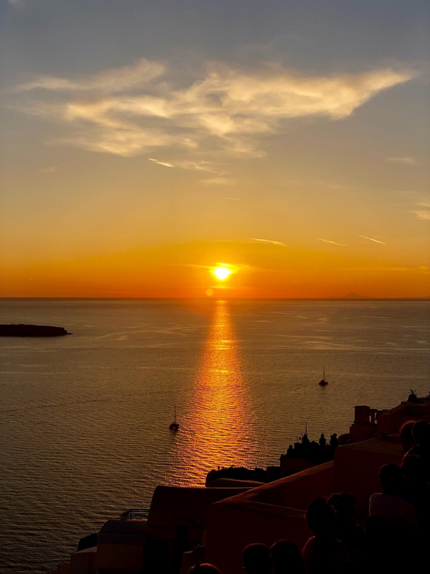Oia greece stunning sunset