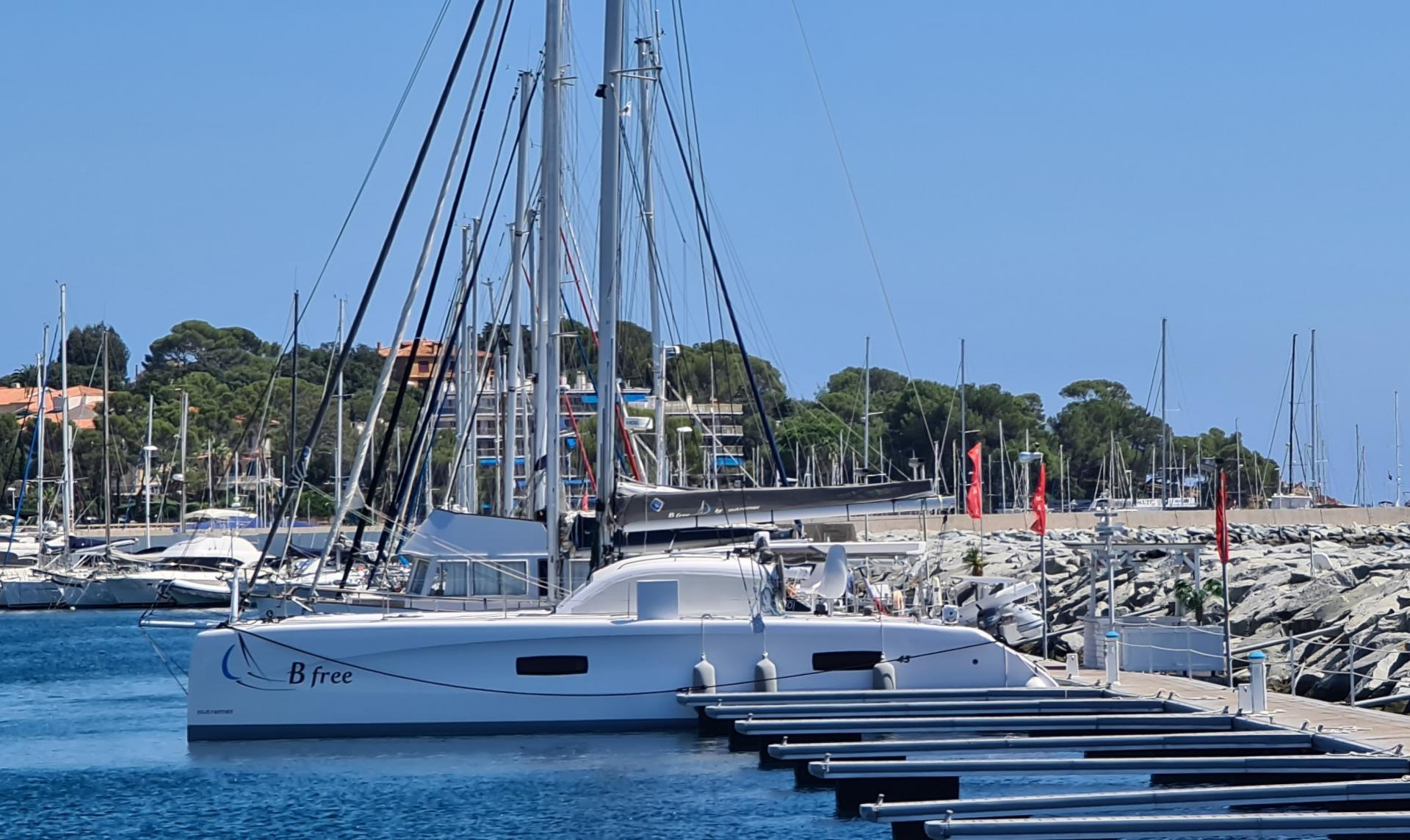Outremer 45 b free