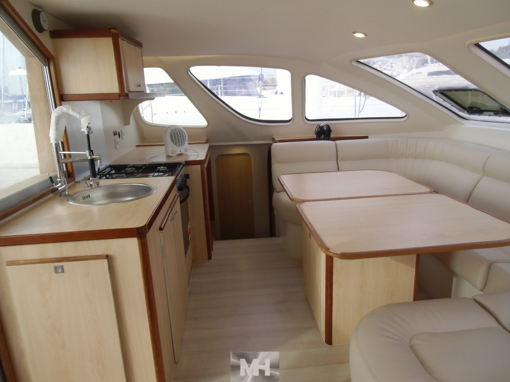 Refit owners catana 7