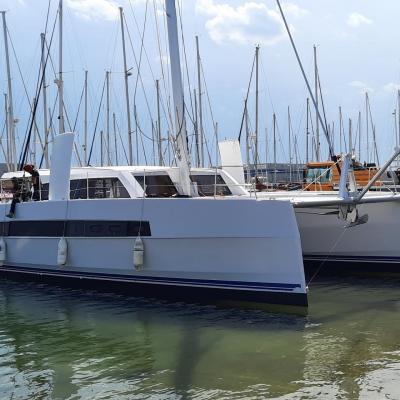 Stepping mast Catana 53 Blue Chip